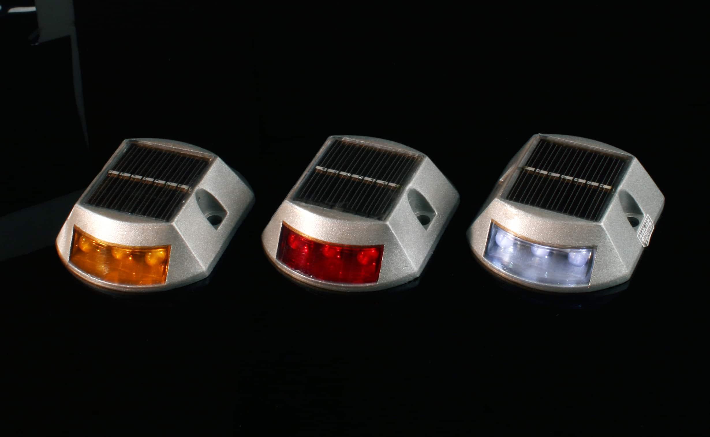 Plot a led solaire m2 balise et plot a led signalisation - Plot de signalisation ...